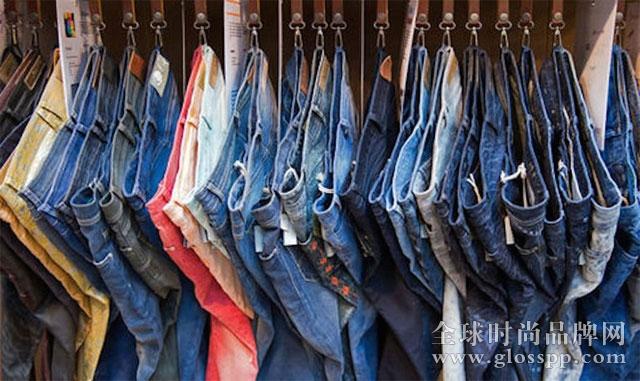 资讯生活咨询公司说,男人可能比女人更爱Skinny牛仔裤